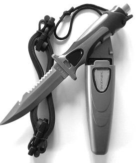 coltello con impugnatura a martello